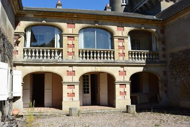 Brueil-en-vexin - FRA (photo 2)