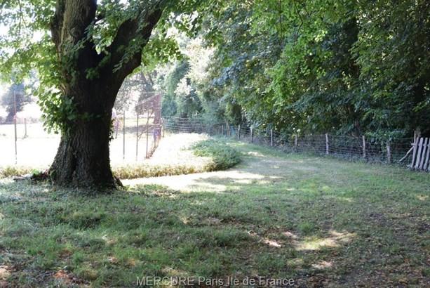 Brueil-en-vexin - FRA (photo 5)
