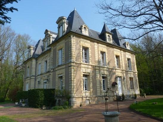 Nevers - FRA (photo 1)