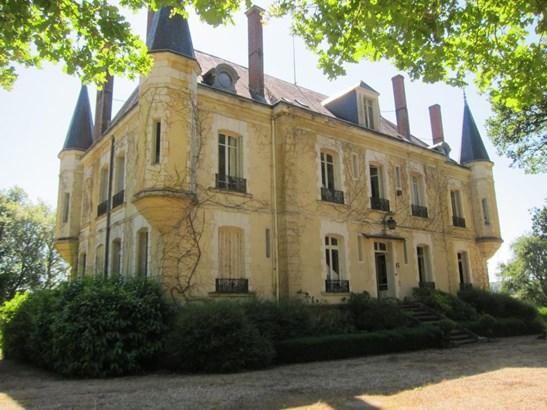 La Charite Sur Loire - FRA (photo 2)