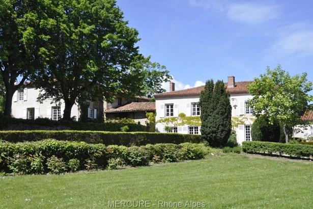 Montbrison - FRA (photo 3)