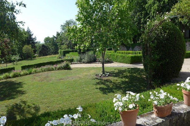 Montbrison - FRA (photo 4)