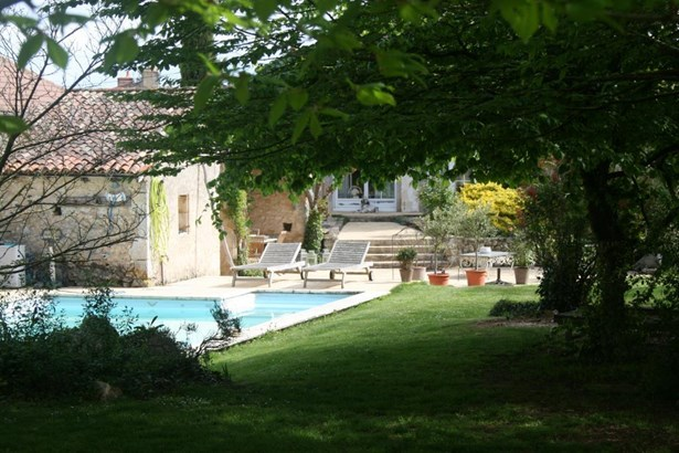 Migne-auxances - FRA (photo 2)
