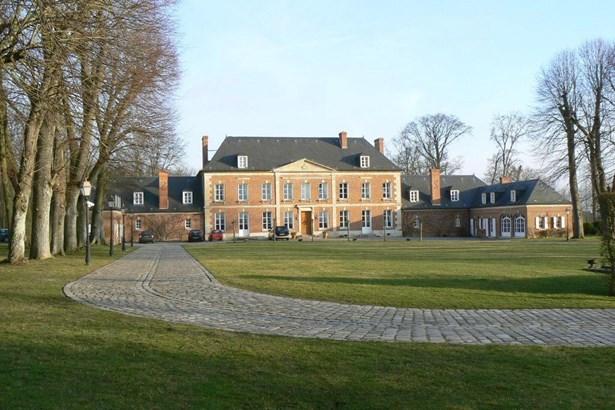 Chaumont En Vexin - FRA (photo 1)
