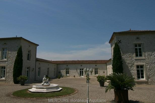 Casteljaloux - FRA (photo 1)