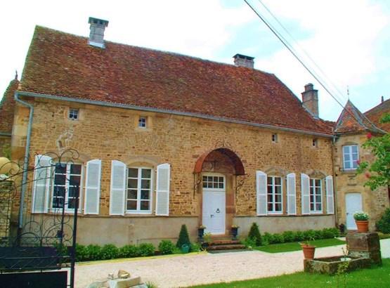 Saint-loup-sur-semouse - FRA (photo 4)