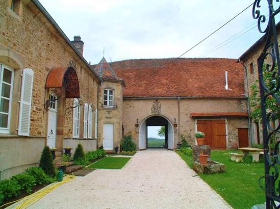 Saint-loup-sur-semouse - FRA (photo 5)