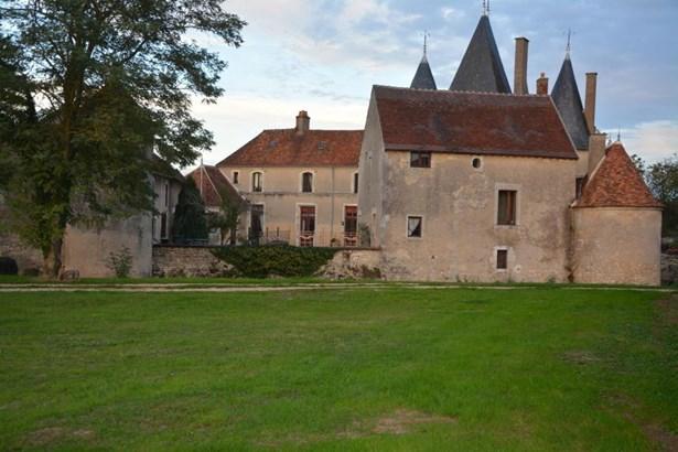 La Charite Sur Loire - FRA (photo 4)