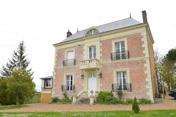 Chateau-du-loir - FRA (photo 1)