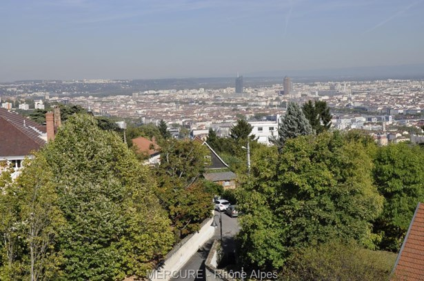 Sainte Foy Les Lyon - FRA (photo 2)
