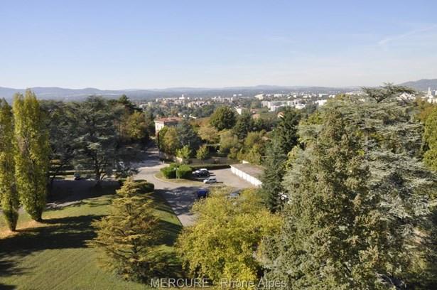 Sainte Foy Les Lyon - FRA (photo 4)