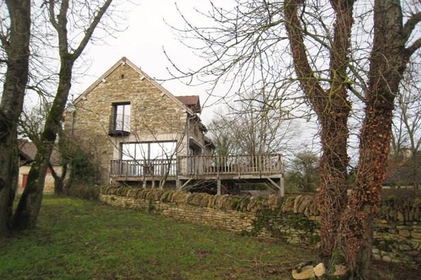 Pouilly En Auxois - FRA (photo 3)