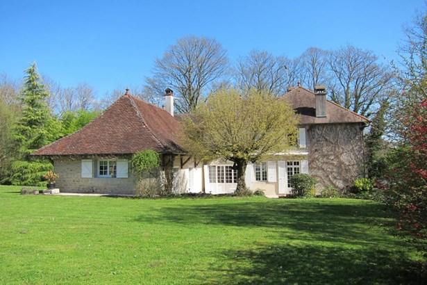 Montbarrey - FRA (photo 3)