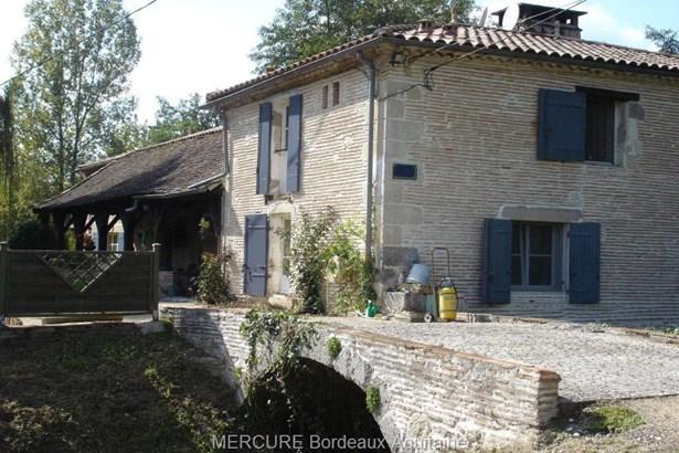 Casteljaloux - FRA (photo 2)