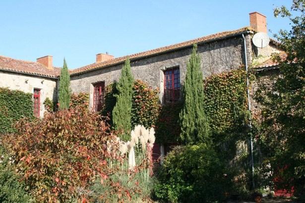 Chantonnay - FRA (photo 3)