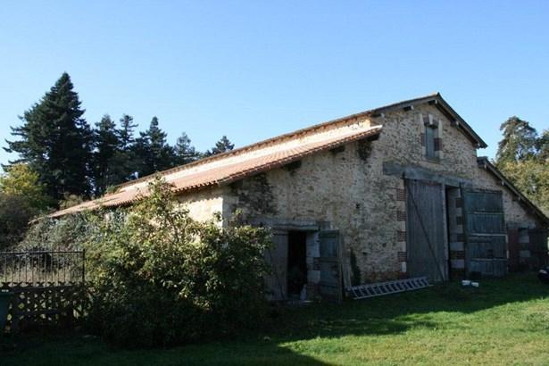 Chantonnay - FRA (photo 4)