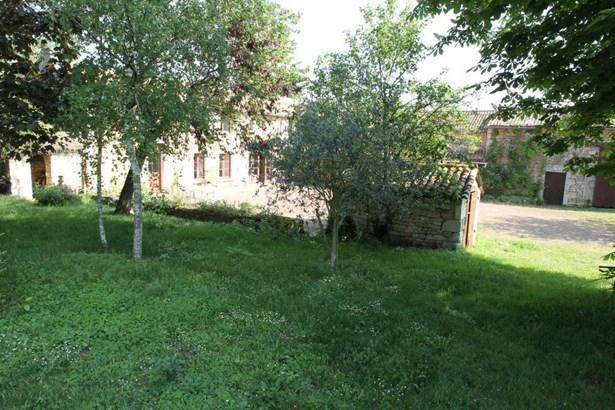 Mirebeau - FRA (photo 3)