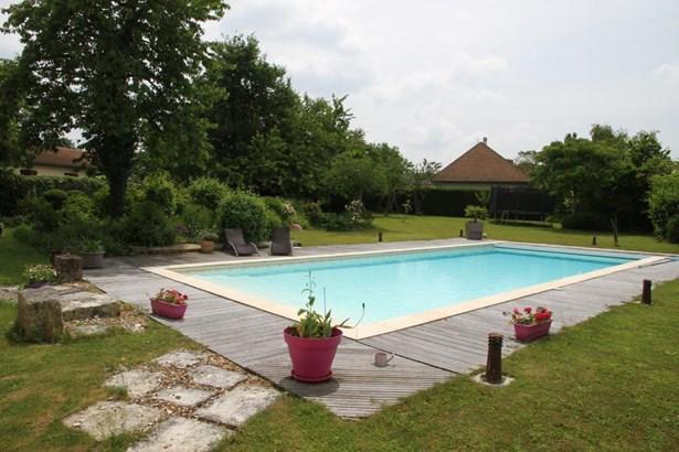 Vouillé - FRA (photo 5)