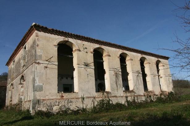 Clairac - FRA (photo 4)