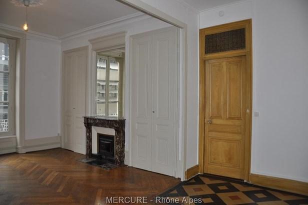 Lyon - FRA (photo 3)