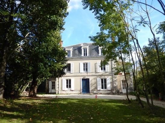 Niort - FRA (photo 1)