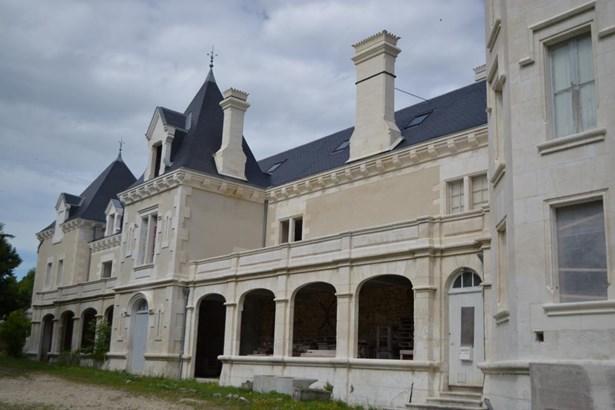 Cognac - FRA (photo 5)
