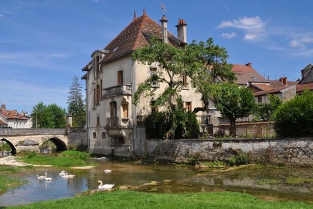 Dijon - FRA (photo 2)