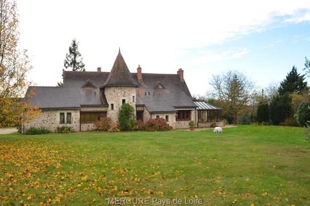 Baugé-en-anjou - FRA (photo 1)