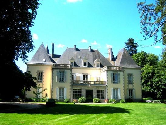 La Roche Sur Yon - FRA (photo 4)