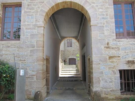Arbois - FRA (photo 3)
