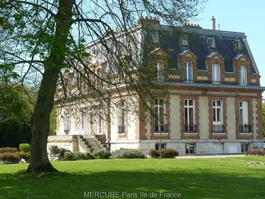 Provins - FRA (photo 2)