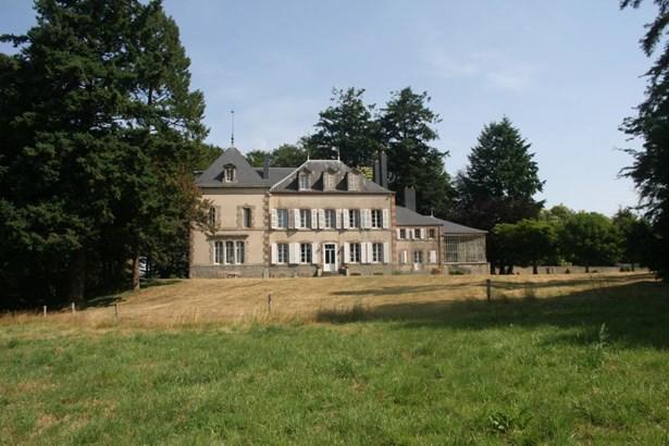 Pouzauges - FRA (photo 1)