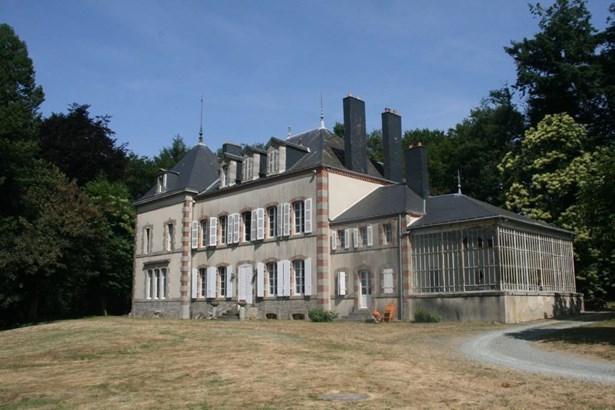 Pouzauges - FRA (photo 2)