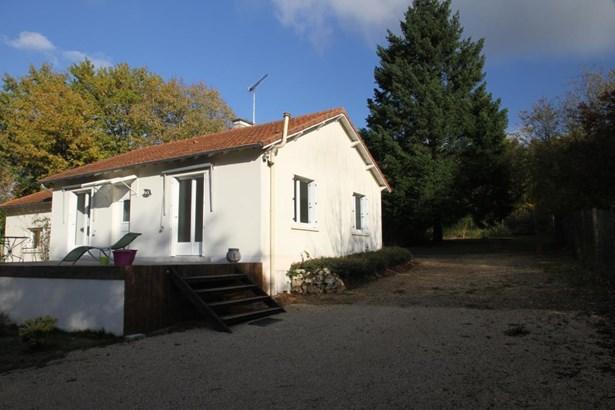 Saint Benoit - FRA (photo 3)