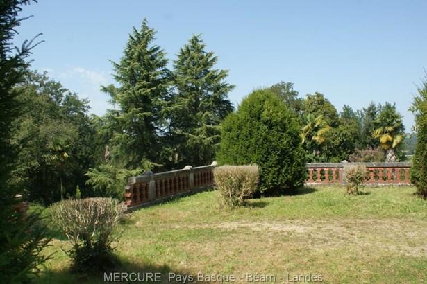 Salies De Bearn - FRA (photo 4)