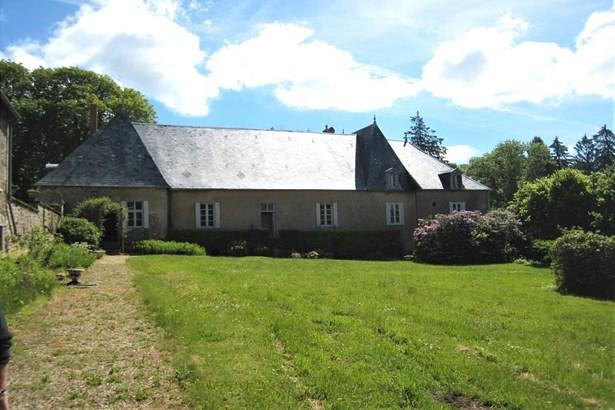 Montsauche - FRA (photo 1)