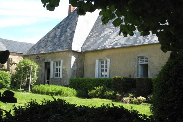Montsauche - FRA (photo 2)
