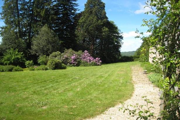 Montsauche - FRA (photo 5)