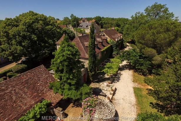 Reilhaguet - FRA (photo 2)