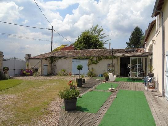 Entre Chauvigny Et Chatellerau - FRA (photo 2)