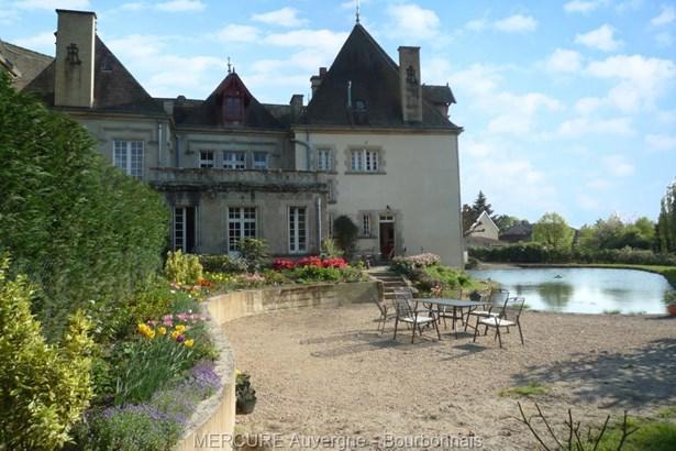 Vichy - FRA (photo 1)