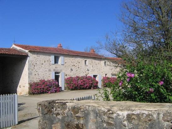 Sainte Hermine - FRA (photo 1)