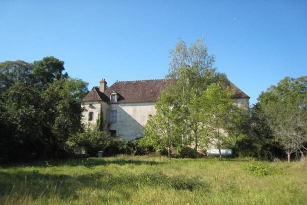 Avallon - FRA (photo 2)