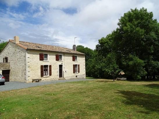 Foussais-payre - FRA (photo 1)
