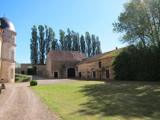 Aignay-le-duc - FRA (photo 4)