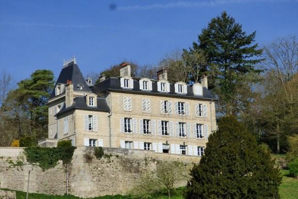 Compiegne - FRA (photo 1)
