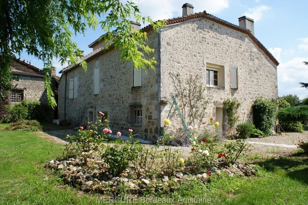 Clermont-dessous - FRA (photo 3)