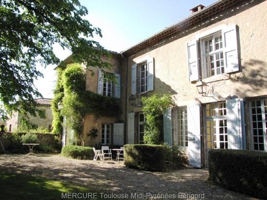 Castres - FRA (photo 5)