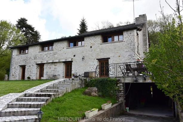 Morigny-champigny - FRA (photo 2)