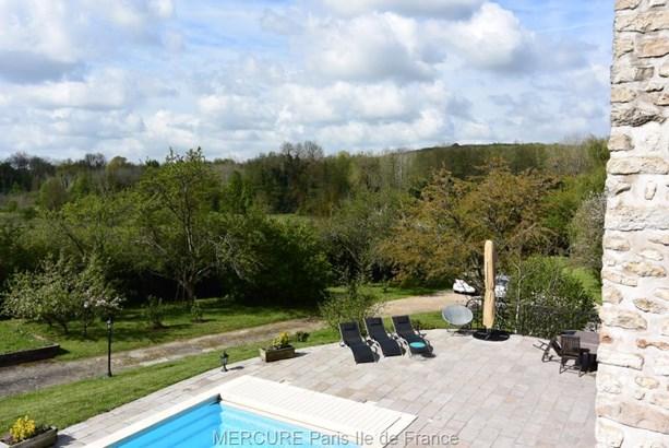 Morigny-champigny - FRA (photo 3)